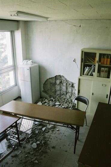 Room025